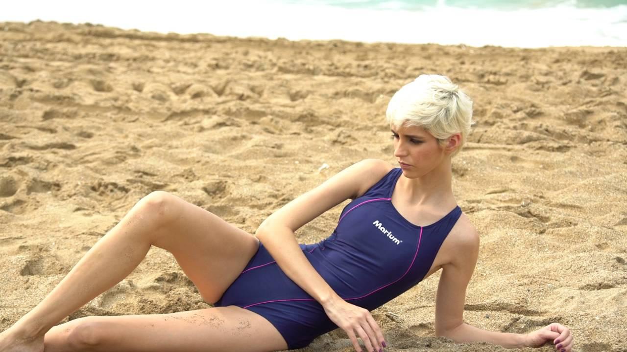 2016 MARIUM One Piece Triangle Leisure Swimsuit/Bathing ...
