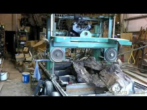 Homemade sawmill cutting white oak slab leftovers