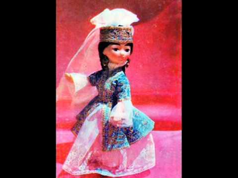 Ингушские национальные платья и куклы в ингушских национальных костюмах работы Зины Инаркиевой