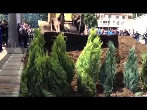 Rivendoset barrikada në Mitrovicë
