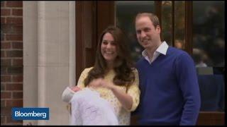 Raw Video: Royal Baby Charlotte Debuts