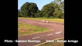 Gustavo Restrepo Nitroplanes Sukhoi SU 26 DLE 100cc