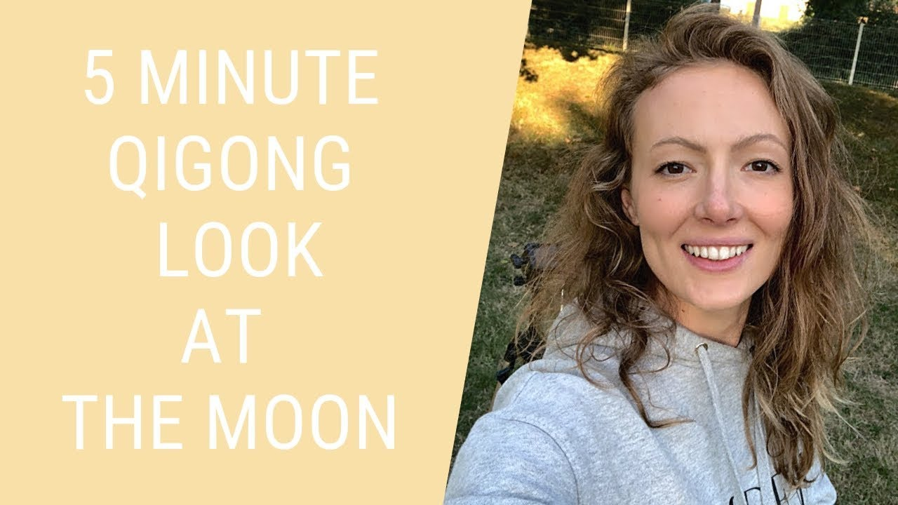 Qigong Exercise Turn to Look at the Moon - Qigong for Beginners - Easy  Qigong Exercises for Seniors