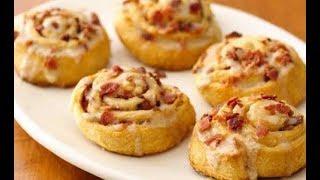Bacon and Mashed Potato Garlic Knots