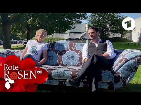 """Download """"Rote Rosen""""-Auktion: Backstage-Clip zur Sofa- und Spendenübergabe I Rote Rosen"""