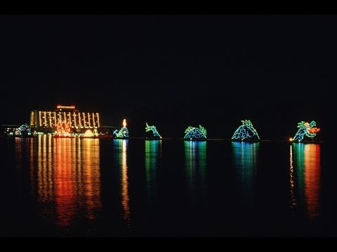 Electrical Water Pageant on the SEVEN SEAS LAGOON & BAY LAKE- Wilderness Lodge Disney World