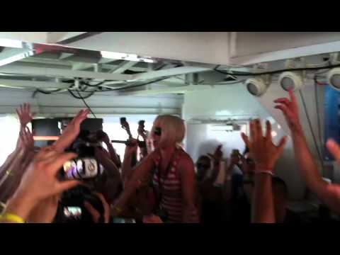 Cosmic Gate  Not Enough Time feat Emma Hewitt @Yacht Party 2012, The Musette Miami