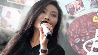 Cafe Bụi = Nha Uyen Tran - Don't Let Me Down.