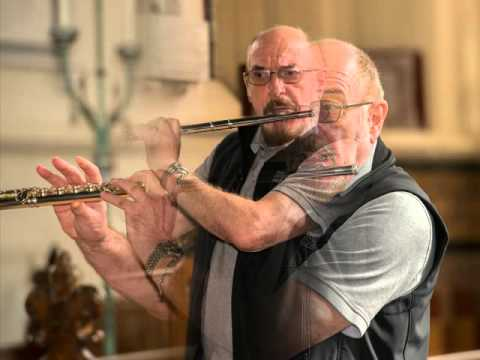 Ian Anderson visits the burial place of his band Jethro Tull