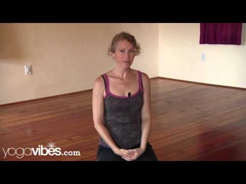 How to Practice Handstand (Adho Mukha Vrksasana)   Sarah Faircloth
