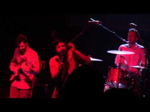 Young The Giant - Shake My Hand - The Galaxy Theatre 12/16