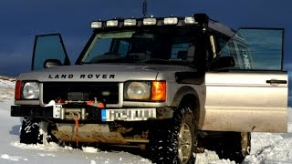 4K - Land Rover Discovery 2 Snow Drive