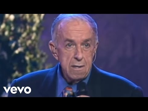 Bill & Gloria Gaither - Suppertime [Live] ft. George Younce