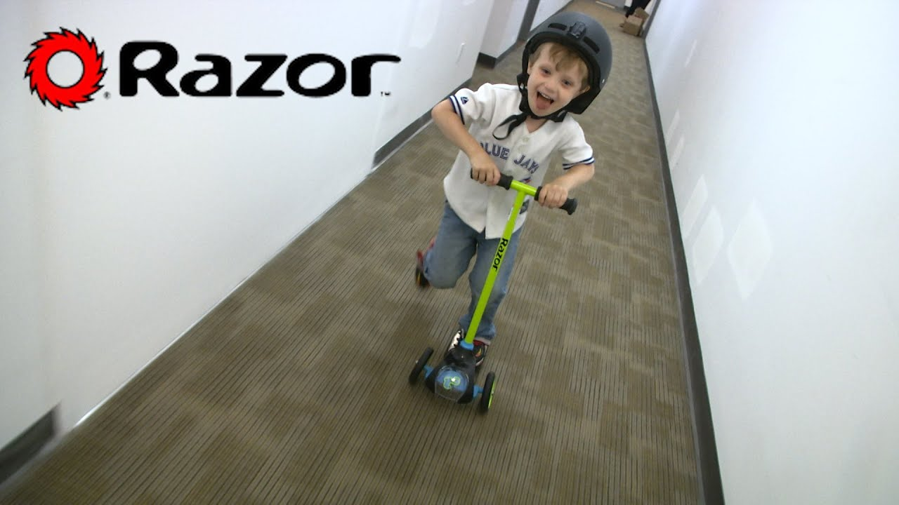 Razor Childrens T3 Kick Scooter