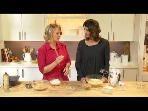 Cooking School: Breakstone's Sour Cream Banana Bread