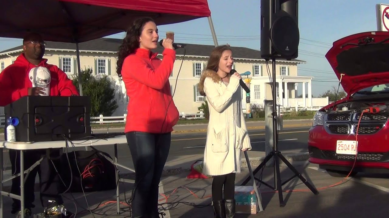 Olivia Squared Performing The National Anthem At The 2015 3 Beach Minimum Half Marthon Youtube