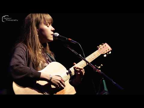 Harbour Photography : Alessi's Ark - Woman mp3