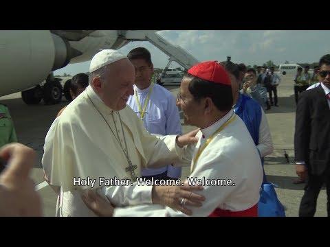 Pope Francis arrives in Myanmar