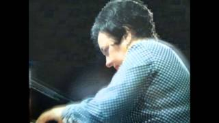 Alicia de Larrocha Plays Bach - French Suite No.6, BWV 817