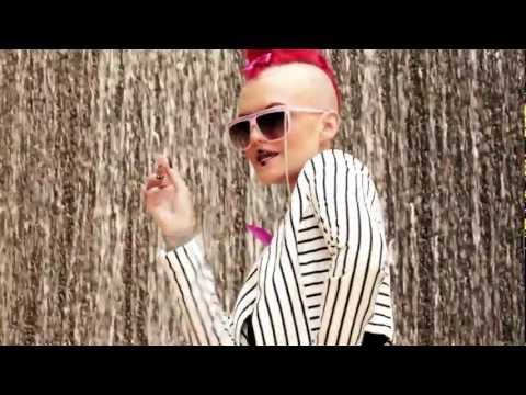 """Eryn Woods - """"GANGSTAS, GEEKS, & FREAKS"""" (Official Video)"""