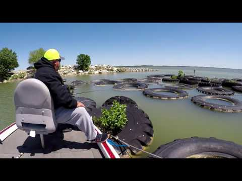 Living That Outdoor Dream Ep. 2 Crappie Fishin Lake Lavon!!!!!