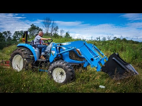 LS XR4040 Compact Tractor overview & brush hogging