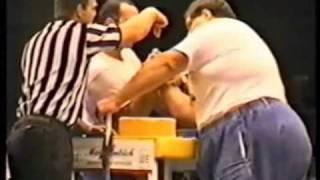Zaur Tskadadze VS Cleve Dean - Qual. match - Worlds 1994 - World of Armwrestling.com