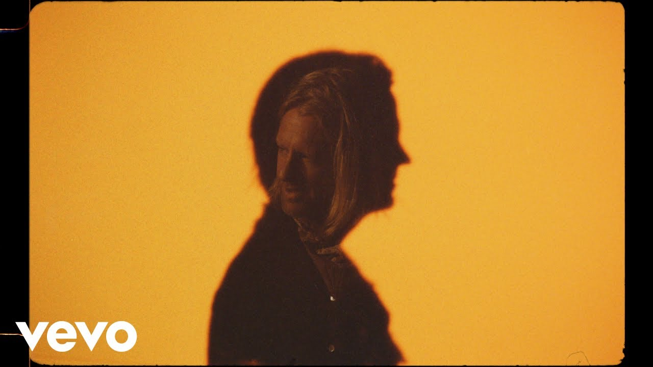 switchfoot - i need you (to be wrong) (official music video) - YouTube