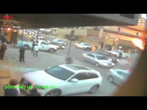 Kansas City Gas Excavation Accident Captured on Security Camera