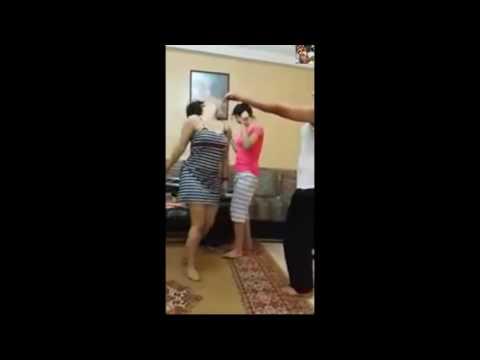 رقص بنات مغربي قصارة   بنات دلع مثير ساخن جدا 2017 thumbnail
