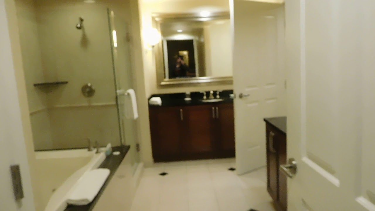 MGM Signature One Bedroom Balcony Suite Tower 1 Room 9-621 - YouTube