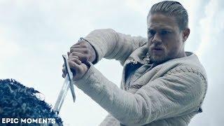 Артур вытаскивает меч из камня | Меч Короля Артура (2017) | HD
