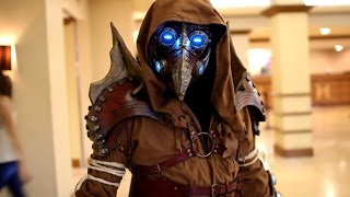 Steampunk plague doctor cosplay