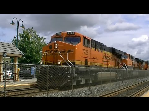 Amtrak, BNSF, & Sounder trains in Puyallup Washington. 6/16/14. Great Power!