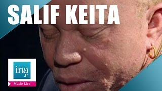 "Salif Keita ""Folon"" (live officiel) - Archive INA"