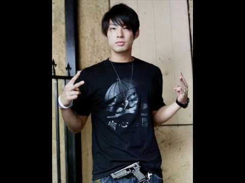 Listen to your Heart by Vanness Wu Lyrics PINYIN