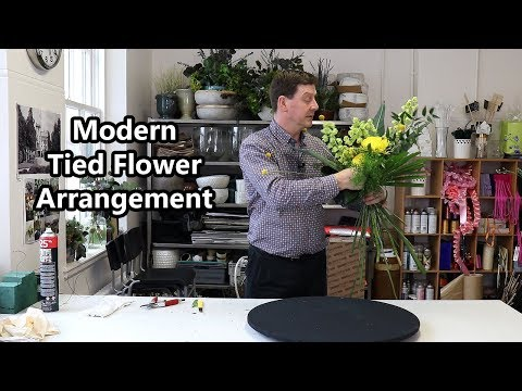 How To Make A Modern Tied Flower Arrangement