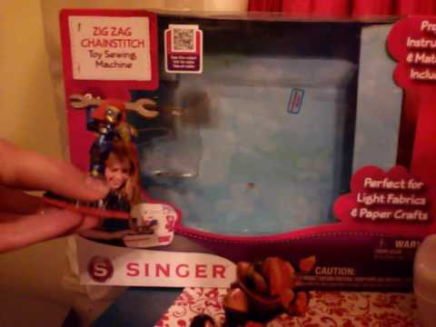 Singer Child's Sewing Machine Toy Review YouTube Adorable Singer Ez Stitch Toy Sewing Machine