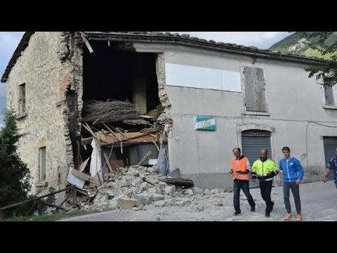 Powerful quake rocks central Italy, at Least 132 killed