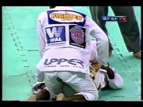 Fernando Terere x Feijão (Nova União) - Jiu-Jitsu 1999