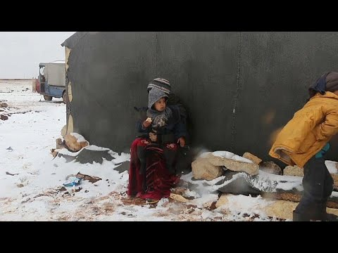 Сирийцы бегут из Идлиба