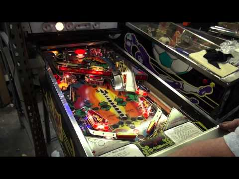 #297 Williams BLACK KNIGHT Pinball Machine Reconditioning!  NICE!  TNT Amusements