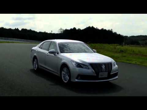 Новый Toyota Crown 2013 года