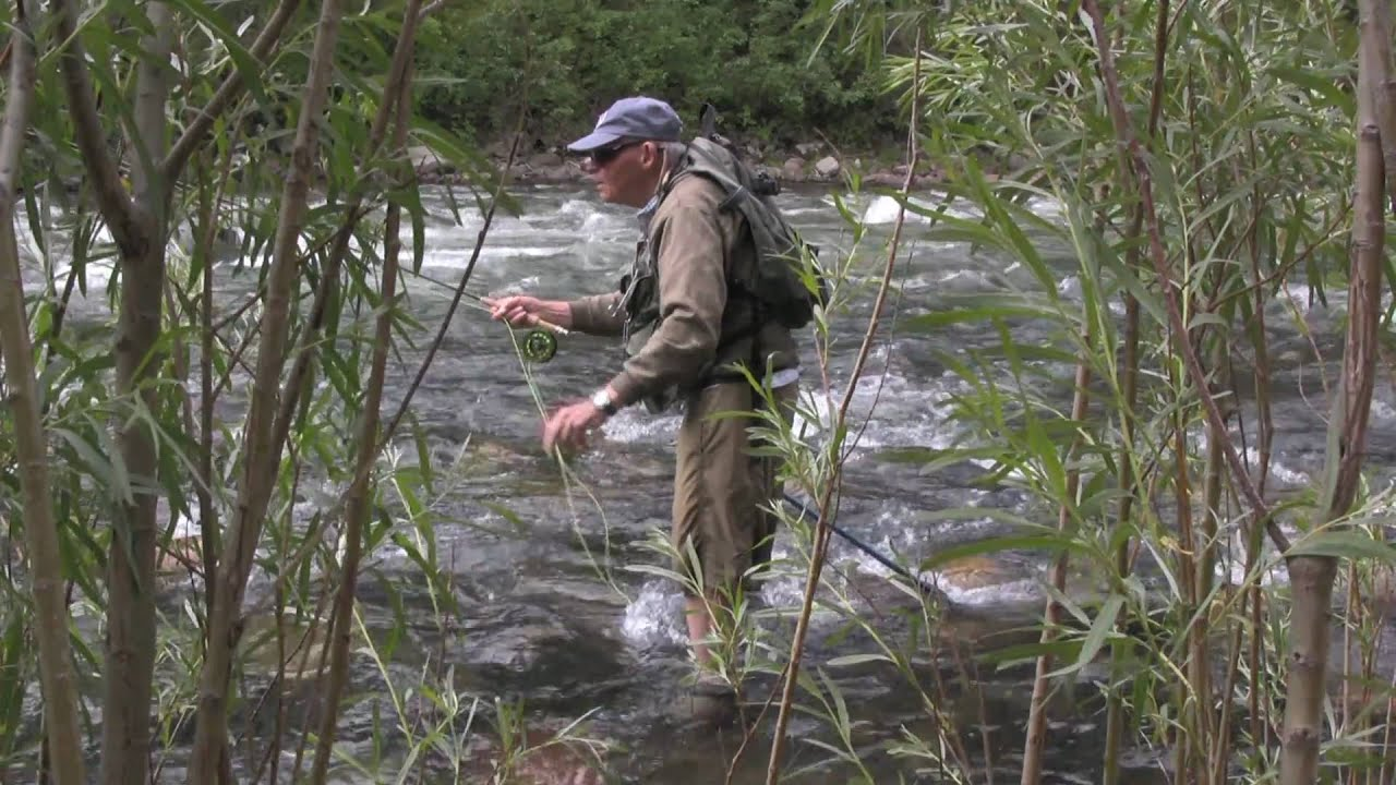 Fly fishing the gallatin river in bozeman montana youtube for Gallatin fishing report