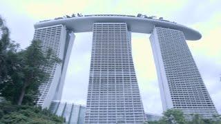 Inbreken in het duurste hotel (GEPAKT) !! - Singapore (VLOG) #5