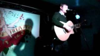 Erik Rutterford singing