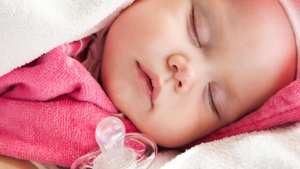 Uyumayan Bebek Nasıl Uyutulur