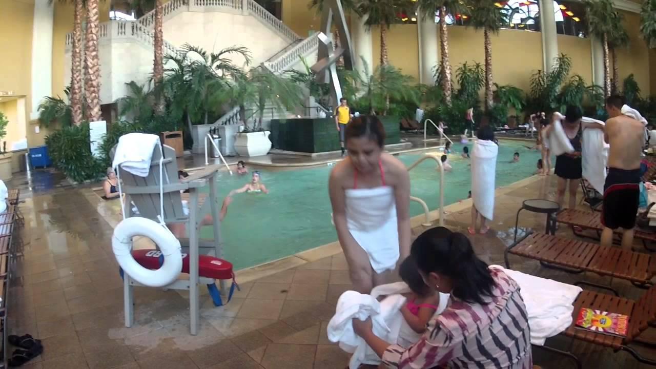 Borgata pool july 4th 2014 hd youtube for Borgata outdoor pool