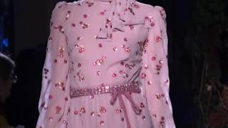 Красивая женская одежда в Грозном, дорогие очень красивые платья