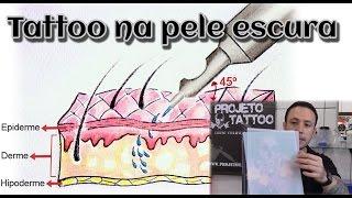 Tatuagem na pele escura